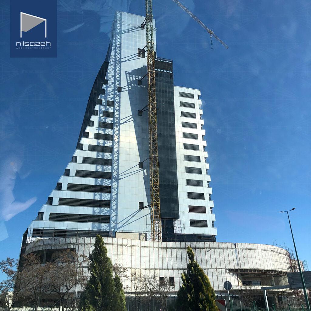 اجرای نمای سرامیک خشک به روش نمایان برج تجارت جهانی قزوین